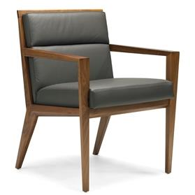 Hands Verdi Compact Luxury Conference Armchair
