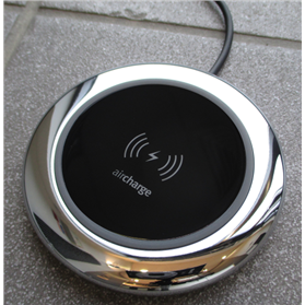 Aircharge Black Gloss Executive Tabletop Charger, Chrome Finish