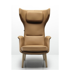 Allermuir Tarry luxurious wing back lounge chair