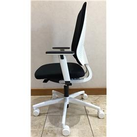dauphin speed o task chair black and white