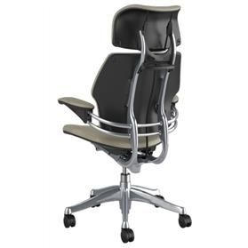 humanscale-freedom-leather-chair-with-headrest-pebble