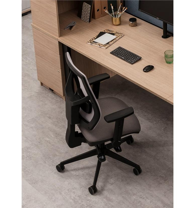 Torasen Zeus office chair