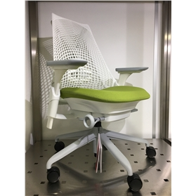 Herman Miller Sayl, Kiwi Green, Fog Base