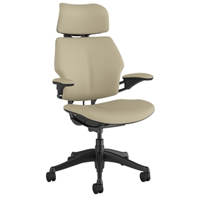 Humanscale Freedom chair in Corvara Mineral leather with Vanilla Box Stitching